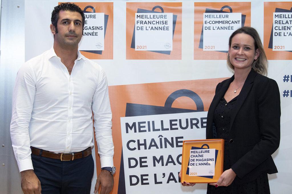 Bravo À Mister Menuiserie Qui Participe Pour La Première Fois Et Remporte Le Trophée Meilleure Chaîne De Magasins, Catégorie Bâtiment & Habitat.